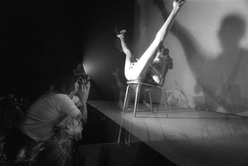 【ストリップ】1970年代のシカゴのストリップ劇場の様子、今のコミケ会場前とあまり変わらないな・・・・・(画像)・22枚目