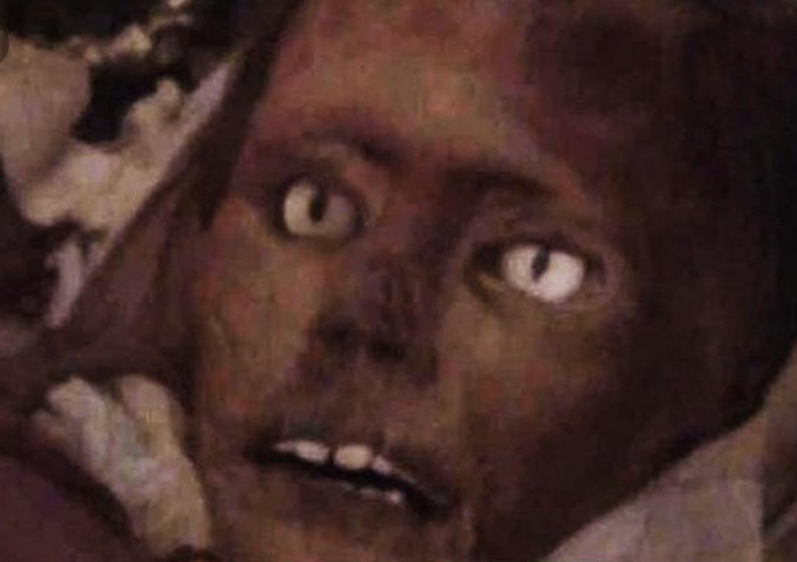 【マジキチ】墓地から少女の遺体を掘り起こしてせっせとミイラにしてたロシアのミイラ愛好家、怖過ぎだろ・・・・・(画像)・10枚目