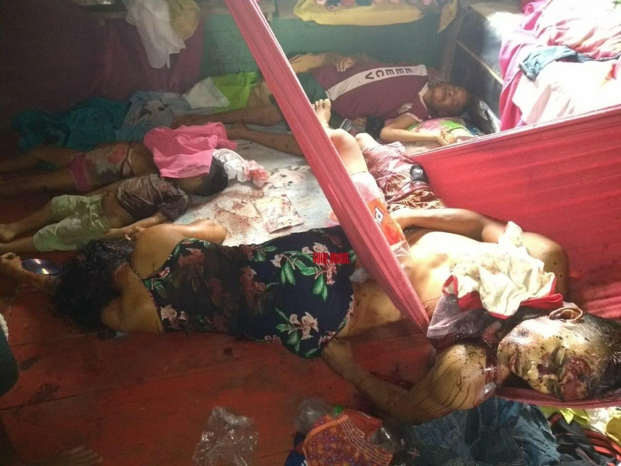 【世紀末都市】ブラジルの殺し屋3人組、超格安で子供含む一家5人を惨殺する・・・・・(画像)・1枚目