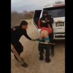 【クズ警官】メキシコ警察による市民への拷問、被害者の悲鳴と警官の笑い声が怖過ぎ・・・・・(動画)