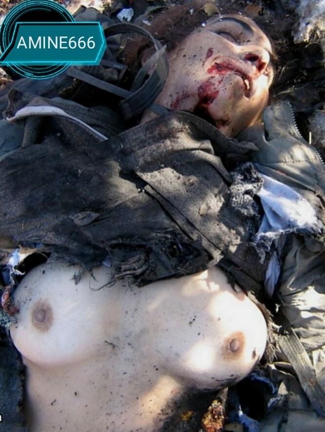 【女性兵士レイプ】ISISに生きたまま捕らえられたクルド人女性兵士、漏れなくレイプされ殺される・・・・・(画像)・1枚目