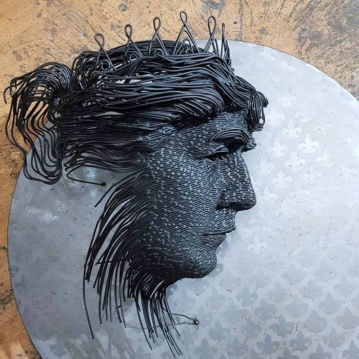 【厨二的】一本の鉄線を紡いで作られたワイヤーアート、クソカッコいい!!(画像30枚)・7枚目