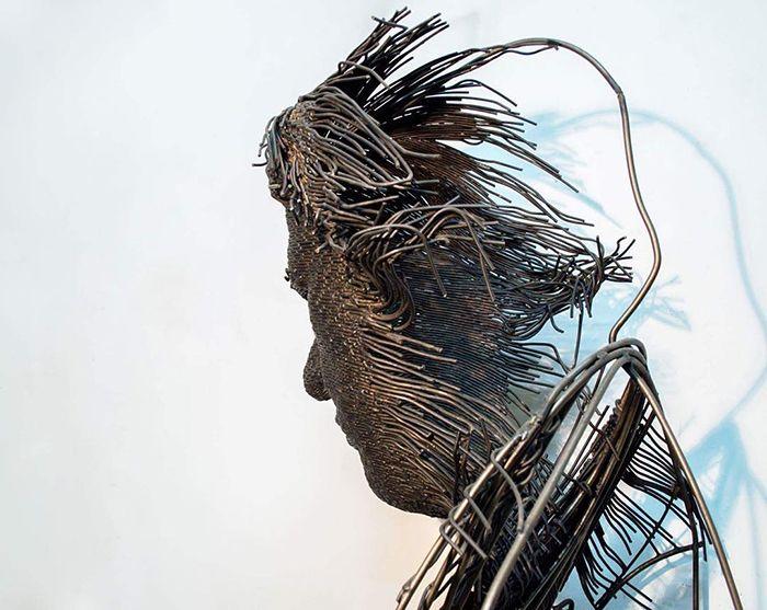 【厨二的】一本の鉄線を紡いで作られたワイヤーアート、クソカッコいい!!(画像30枚)・9枚目