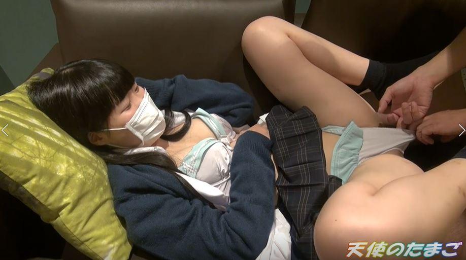 【素人】日本の援助学生さんのマンコがパイパンやった・・・(動画)・21枚目