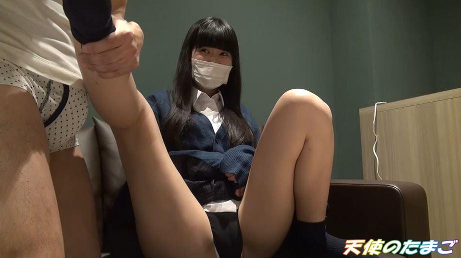 【素人】日本の援助学生さんのマンコがパイパンやった・・・(動画)・3枚目