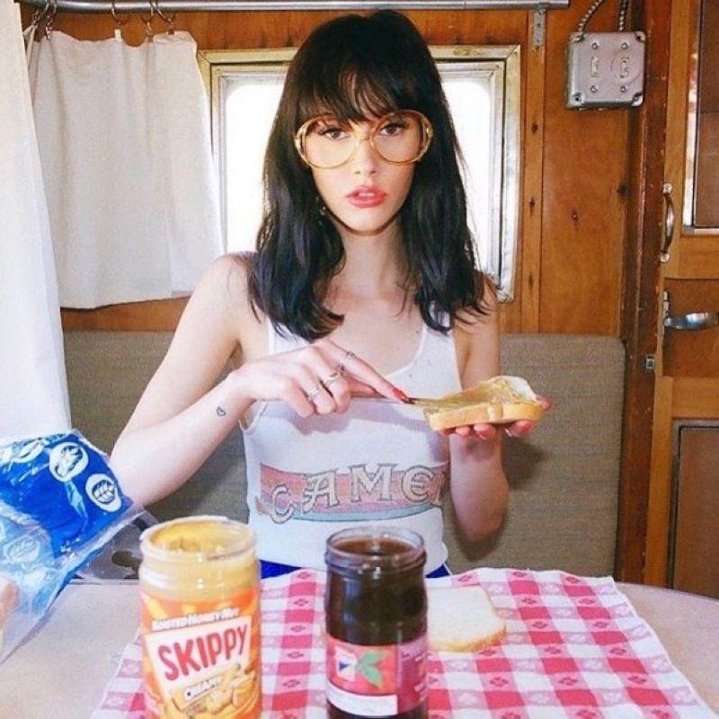 【超セクシー】ロシアの眼鏡っ娘ネキの自撮りエロ画像、なんか日本の眼鏡っ娘と全然違う・・・・・(画像)・6枚目