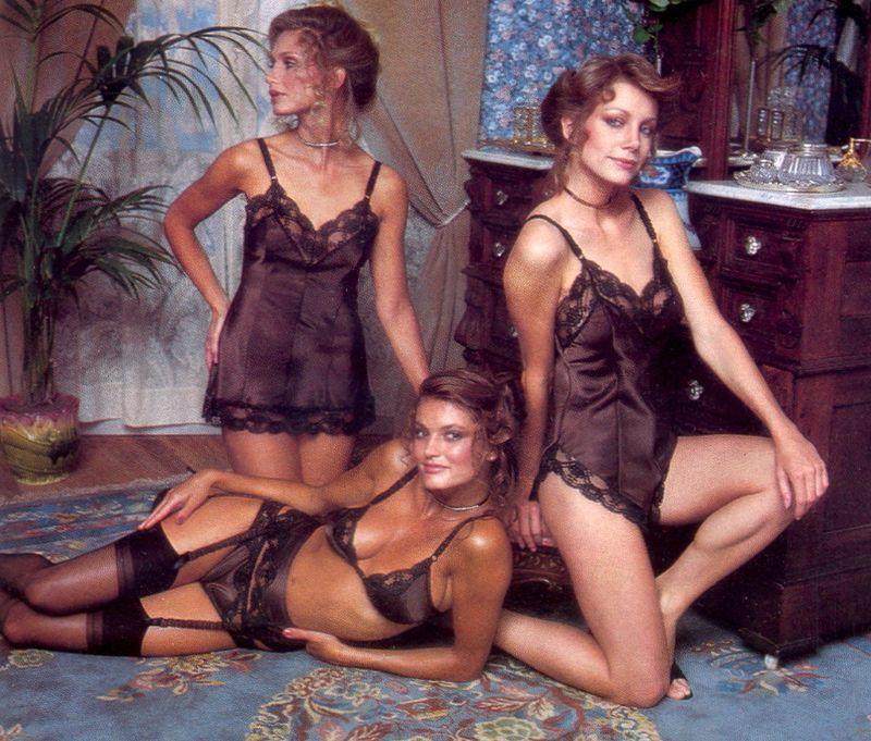 【超セクシー】今から40年前に発行されたヨーロッパ女性達のランジェリーカタログがエロ過ぎる!!・11枚目