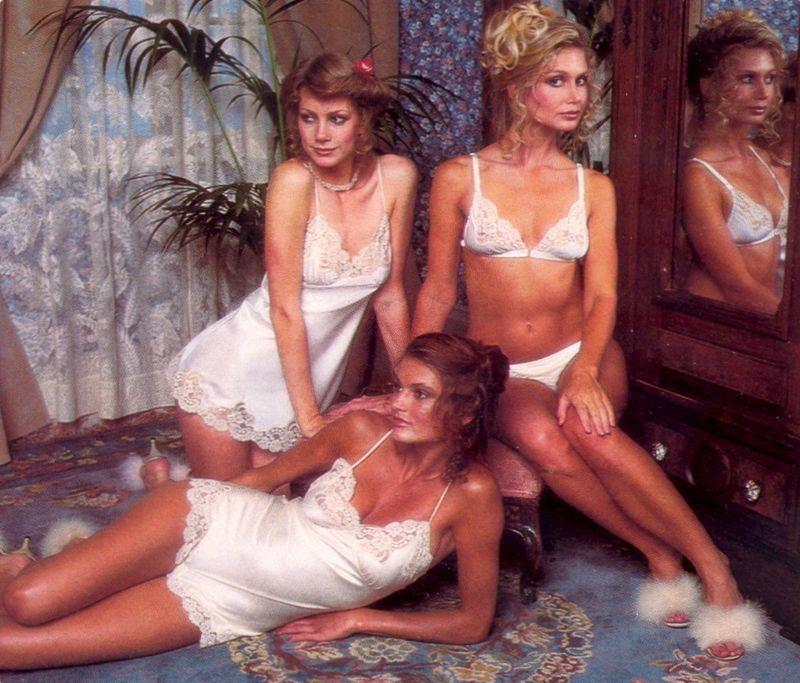 【超セクシー】今から40年前に発行されたヨーロッパ女性達のランジェリーカタログがエロ過ぎる!!・12枚目