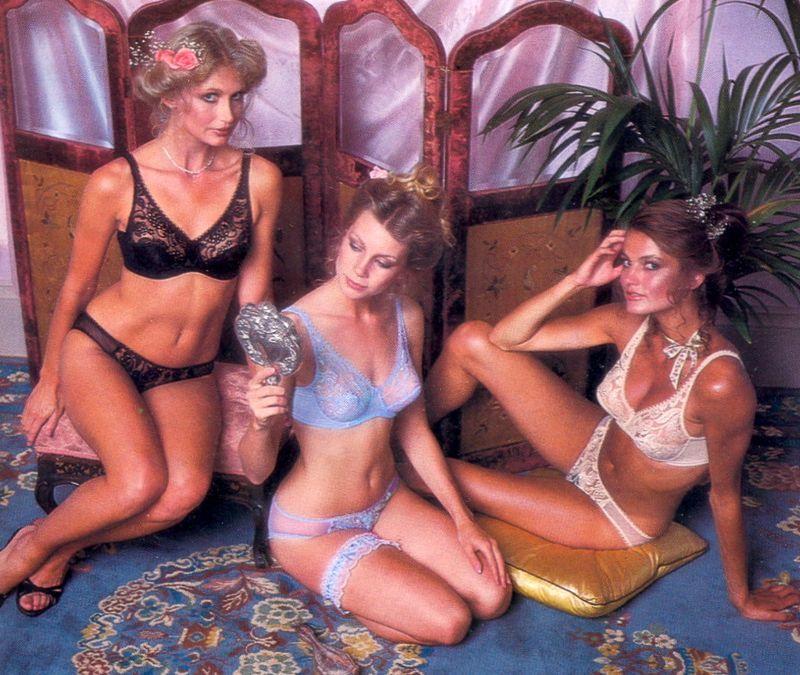【超セクシー】今から40年前に発行されたヨーロッパ女性達のランジェリーカタログがエロ過ぎる!!・14枚目