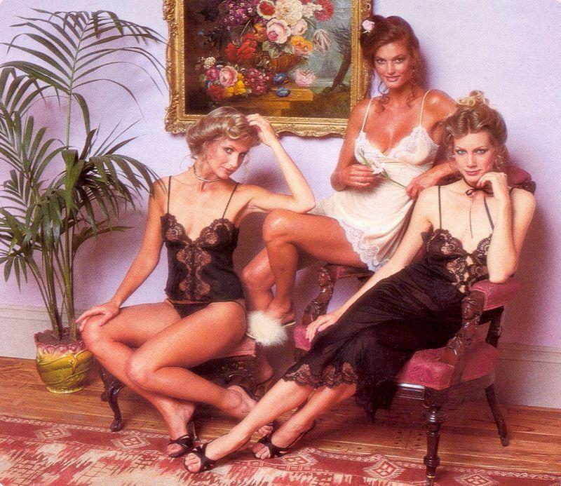 【超セクシー】今から40年前に発行されたヨーロッパ女性達のランジェリーカタログがエロ過ぎる!!・18枚目