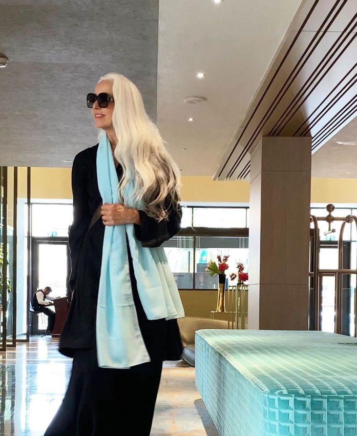 """【美人おばあちゃん】世界一美しい64歳と言われるフランス人モデル""""ヤゼミナ・ロッシ""""確かに美人だけど・・・・・2枚目"""