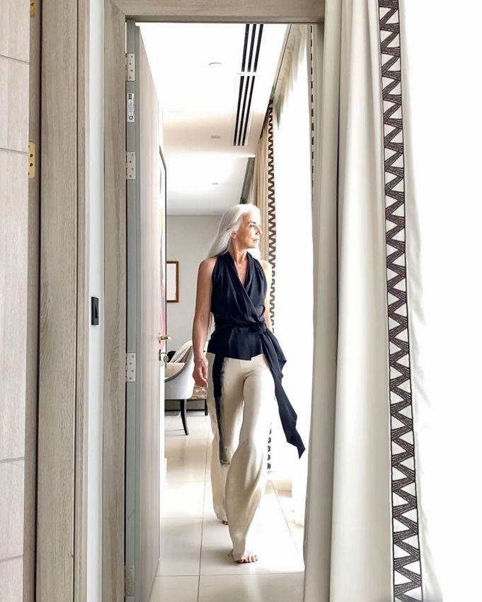 """【美人おばあちゃん】世界一美しい64歳と言われるフランス人モデル""""ヤゼミナ・ロッシ""""確かに美人だけど・・・・・15枚目"""
