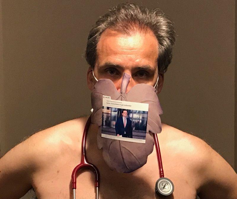 【ヌード女医】コロナでのマスク不足をアピールするために裸になるドイツの医師、馬鹿かな・・・?(画像)・4枚目