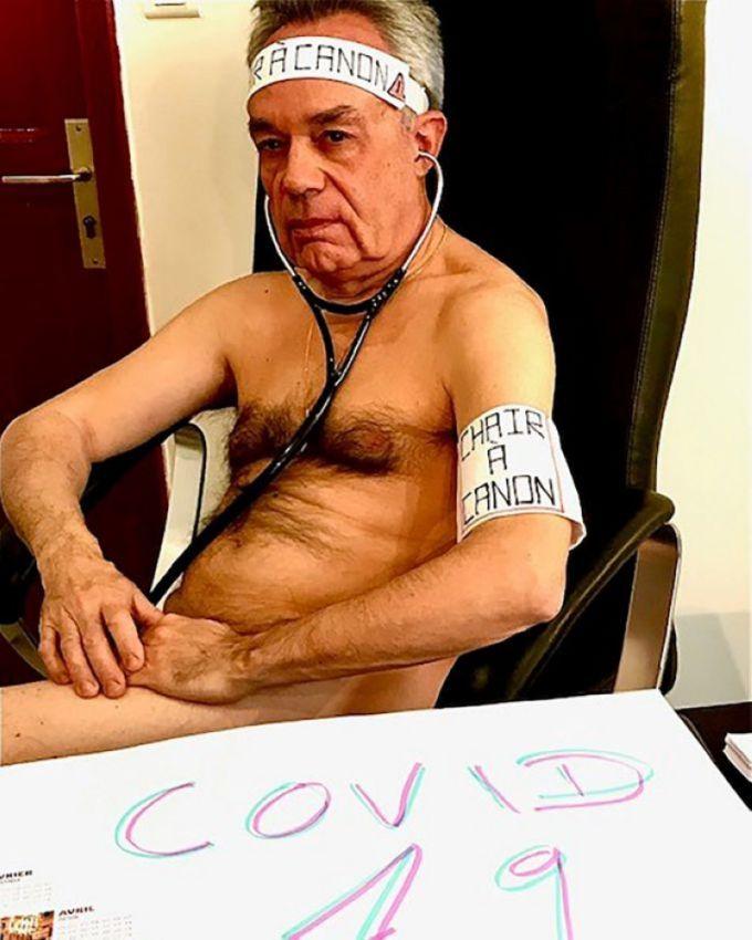 【ヌード女医】コロナでのマスク不足をアピールするために裸になるドイツの医師、馬鹿かな・・・?(画像)・16枚目