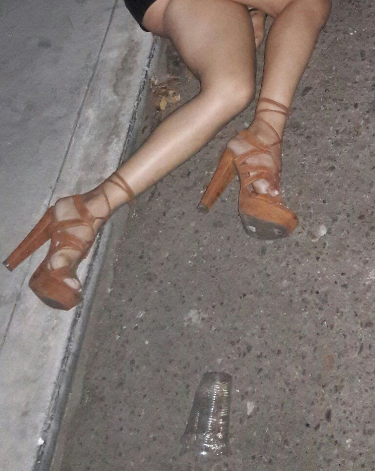 【爆乳遺体】コロンビアの爆乳美人モデルさん、射殺され検死の様子が全世界に公開される・・・・(画像)・6枚目