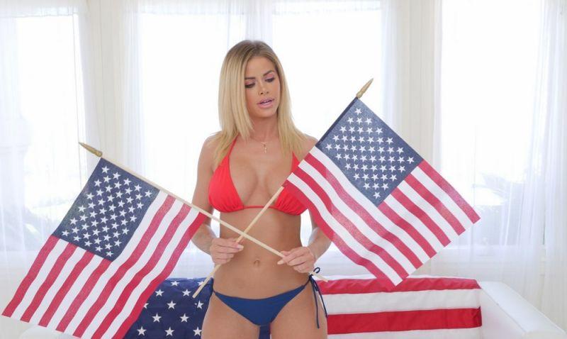 【アメリカン】如何にもアメリカ人って感じで星条旗を色んな所にあしらった金髪ギャルのエロ画像(画像あり)・29枚目