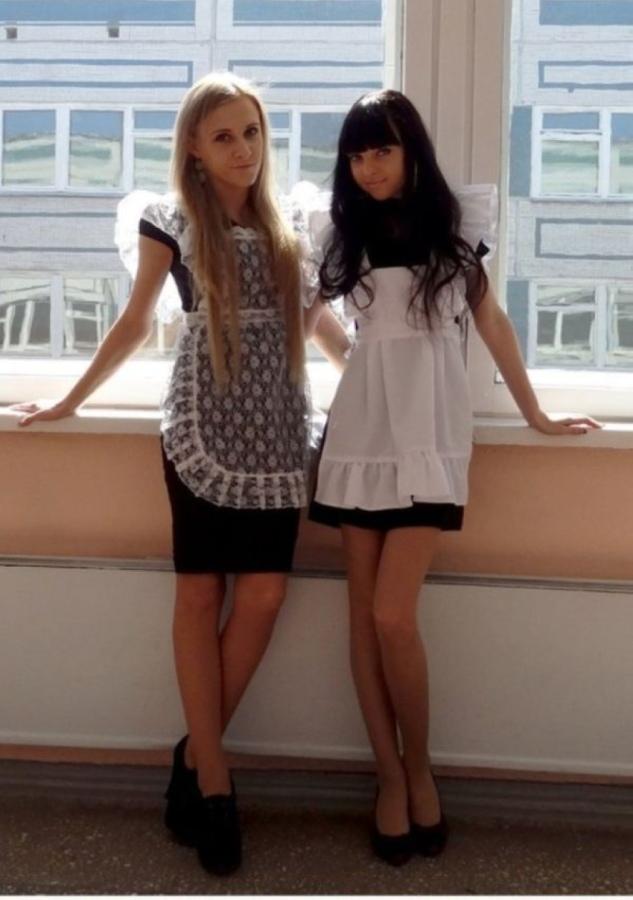 【美少女多数】卒業式には白いエプロンドレス姿のメイド服に身を包むのが慣習になってるロシアJKがエロい!!(画像)・16枚目