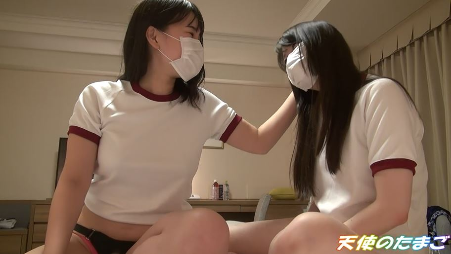 【友達同士】援○で友達のマンコとチンポを舐めさせられる女の子たち・・・(動画)・1枚目