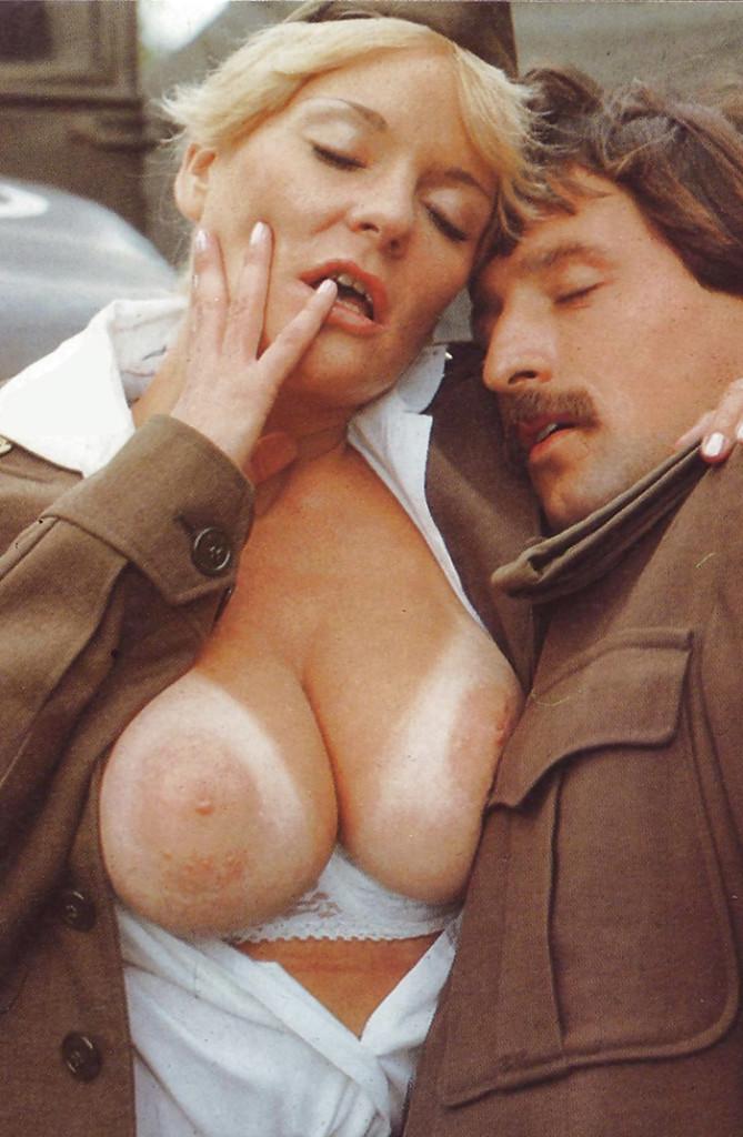 【ソルジャーエロ】戦場に派兵されてる女性兵士さん、ついハメを外してしまった画像がこちら・・・・(画像)・31枚目