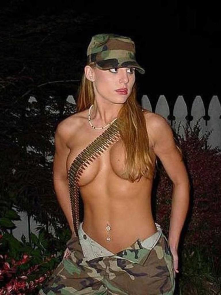 【ソルジャーエロ】戦場に派兵されてる女性兵士さん、ついハメを外してしまった画像がこちら・・・・(画像)・70枚目