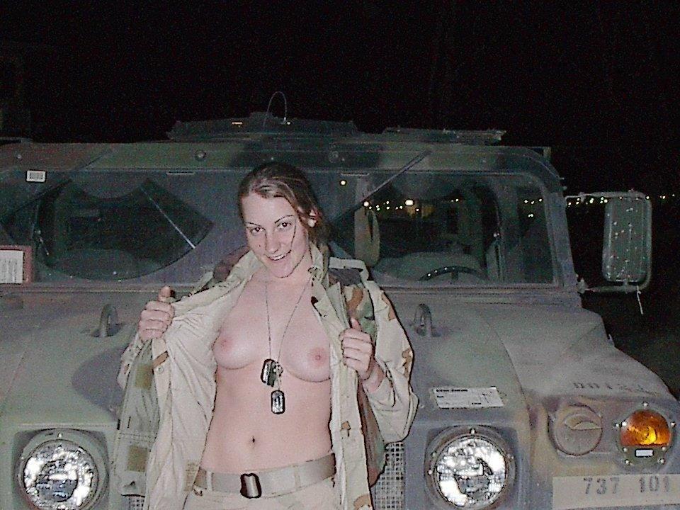 【ソルジャーエロ】戦場に派兵されてる女性兵士さん、ついハメを外してしまった画像がこちら・・・・(画像)・85枚目