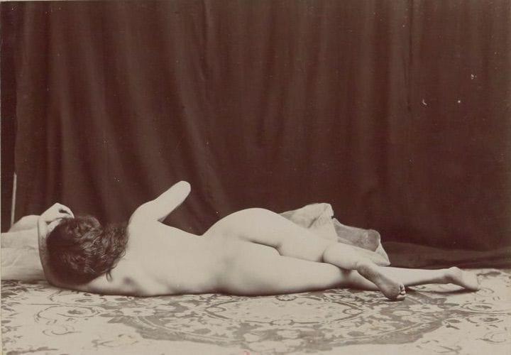 【禁酒法時代ヌード】今からおよそ100年前20世紀初頭に撮影された婦女子のヌード画像、正直これなら余裕でイケるwwwwww(画像あり)・2枚目