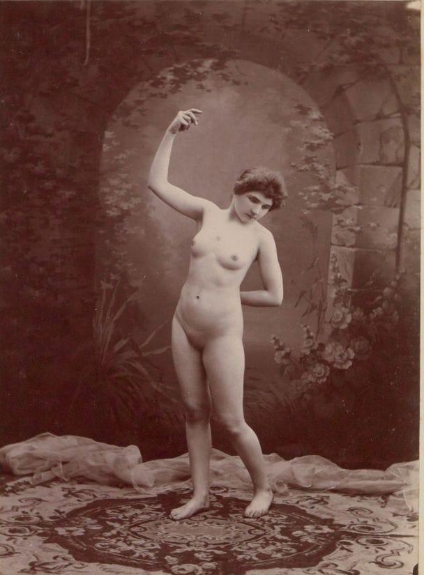 【禁酒法時代ヌード】今からおよそ100年前20世紀初頭に撮影された婦女子のヌード画像、正直これなら余裕でイケるwwwwww(画像あり)・7枚目