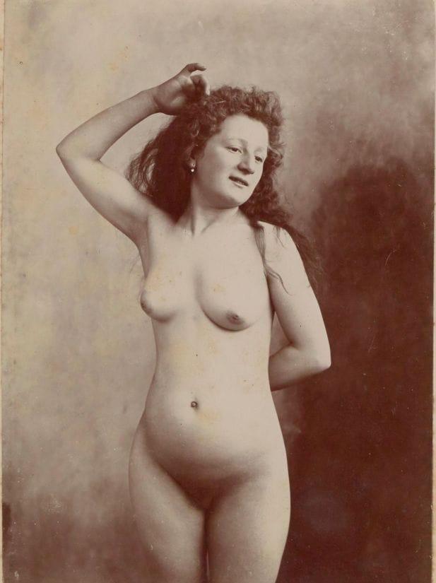 【禁酒法時代ヌード】今からおよそ100年前20世紀初頭に撮影された婦女子のヌード画像、正直これなら余裕でイケるwwwwww(画像あり)・8枚目