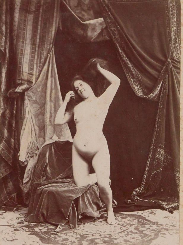 【禁酒法時代ヌード】今からおよそ100年前20世紀初頭に撮影された婦女子のヌード画像、正直これなら余裕でイケるwwwwww(画像あり)・9枚目