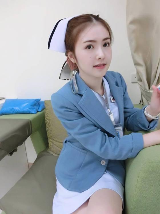 【美脚ナース】タイのナース制服、今じゃすっかり姿を消してしまったスカートタイプでクッソエロい!!(画像あり)・13枚目