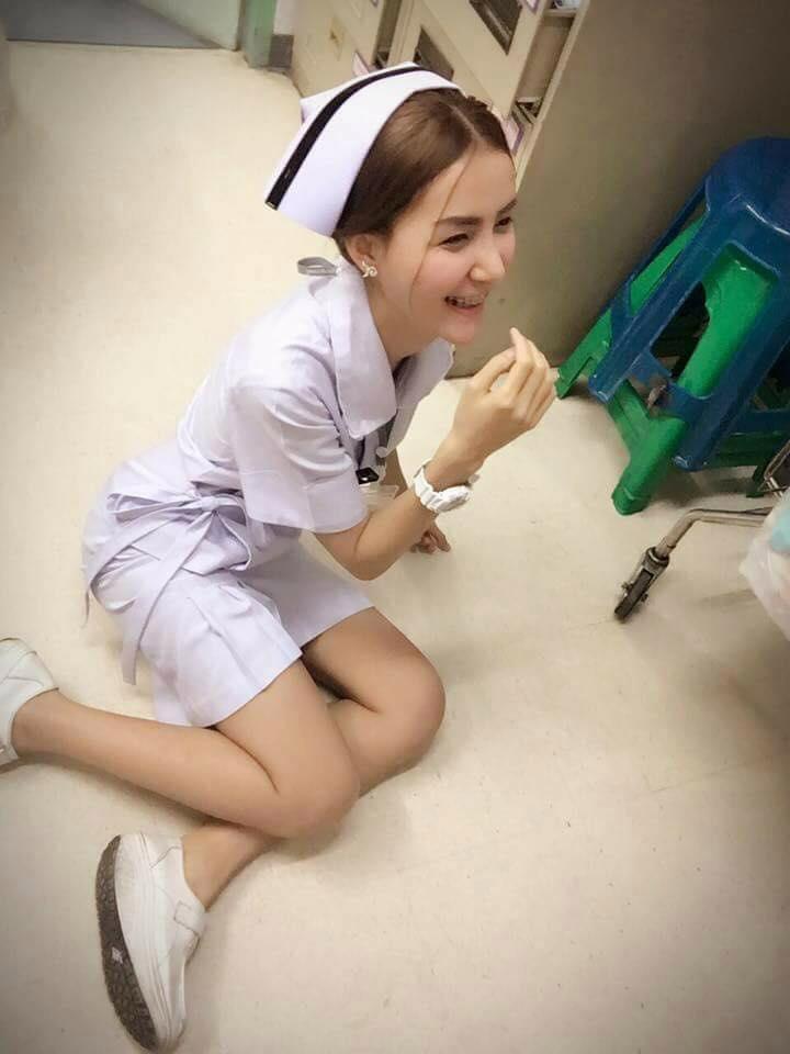 【美脚ナース】タイのナース制服、今じゃすっかり姿を消してしまったスカートタイプでクッソエロい!!(画像あり)・20枚目