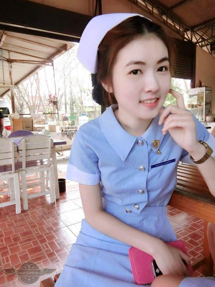 【美脚ナース】タイのナース制服、今じゃすっかり姿を消してしまったスカートタイプでクッソエロい!!(画像あり)・23枚目