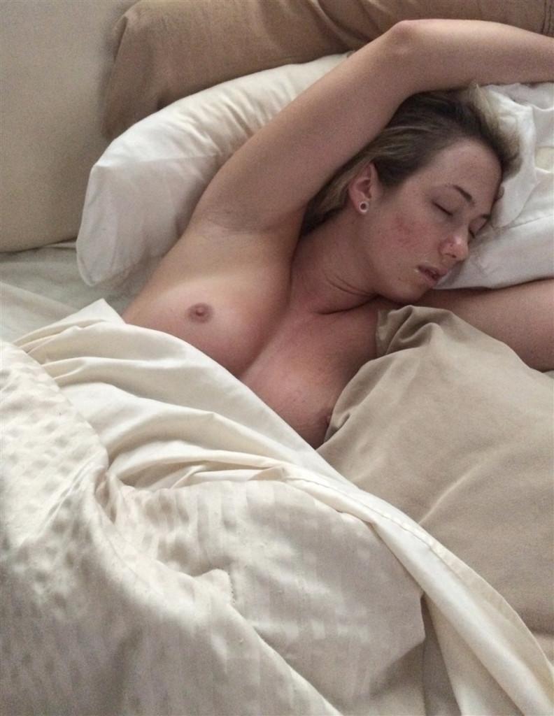 【超絶ボディー】アメリカの人気フィットネスモデルさん、恋人に送ったエロ自撮りやセックス後の画像がネット上に晒されてしまうwwwww(画像)・12枚目