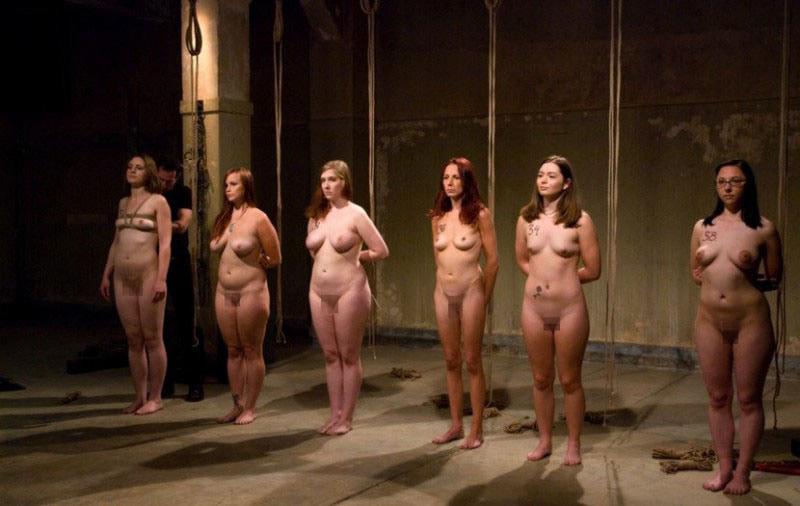 """【性奴隷】21世紀になった現代でも世界中で密かに行われている""""奴隷売買""""が胸糞過ぎる・・・・(画像あり)・6枚目"""