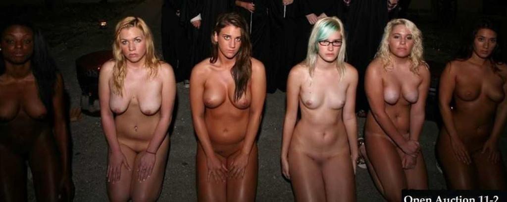 """【性奴隷】21世紀になった現代でも世界中で密かに行われている""""奴隷売買""""が胸糞過ぎる・・・・(画像あり)・19枚目"""
