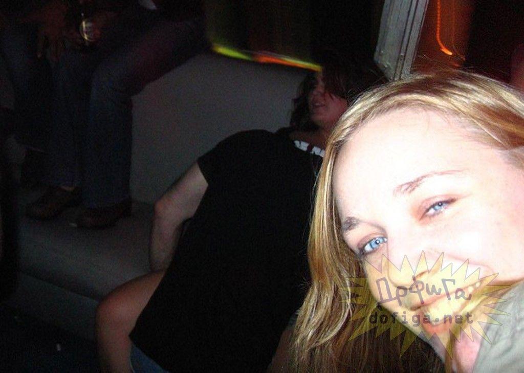 【公開セックス】年中発情してて街中のそこらですぐハメちゃう外国人カップル、動物かよwwwwwww(画像)・25枚目