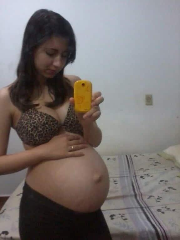 【美少女妊婦】10代で妊娠出産を経験した海外の美少女達、このレベルだったら喜んで責任取るよなwwwwww(画像あり)・3枚目