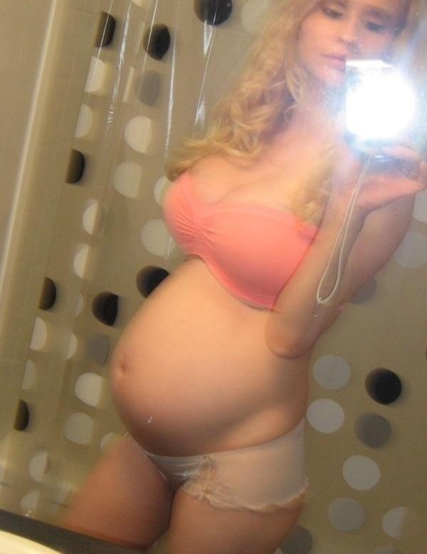 【美少女妊婦】10代で妊娠出産を経験した海外の美少女達、このレベルだったら喜んで責任取るよなwwwwww(画像あり)・10枚目