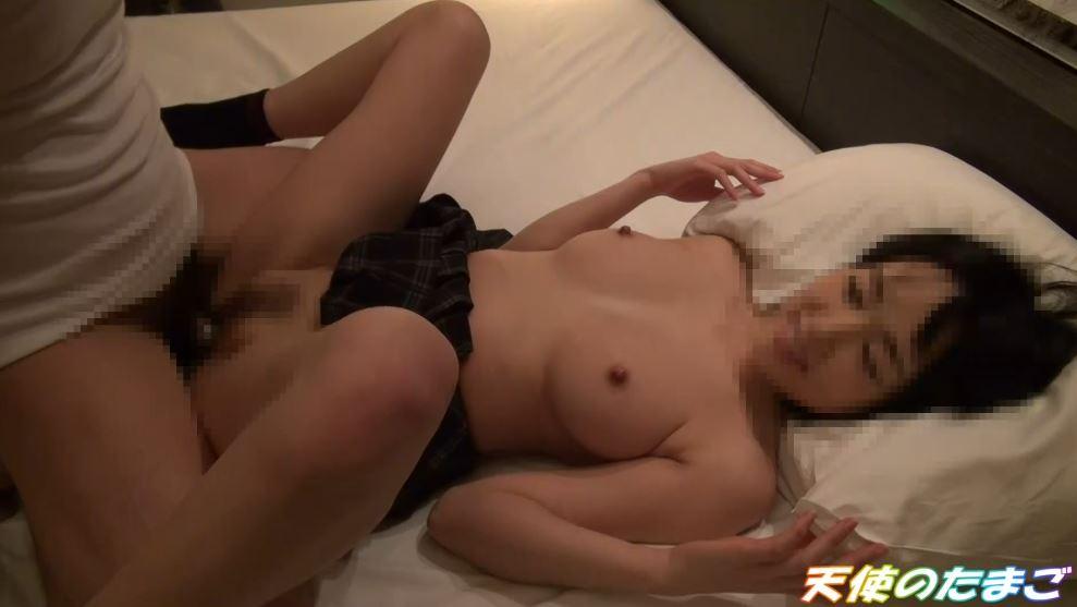 """美乳すぎる制服女子の""""ガチ""""セックス。この娘エロすぎやわぁwwwww(動画)・14枚目"""