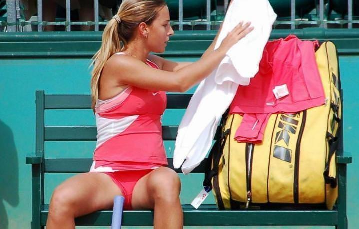 【ほぼ露出狂】トップ女子テニスプレイヤー、色々とエロ過ぎるwwwwww(画像あり)・26枚目