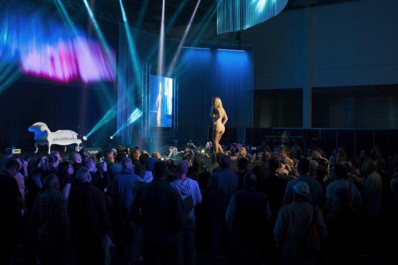 """【エロの祭典】毎年ドイツで開催される世界最大のエロの展示会""""Venus Berlin""""、これは是非行ってみたいなwwwwww(画像)・29枚目"""