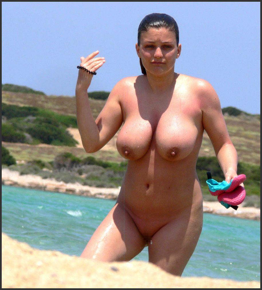 【素人おっぱい】ヌーディストビーチと言われる無料でおっぱい見放題のエロスポット、ただし勃起したらボコボコにされる模様・・・・・(画像あり)・15枚目
