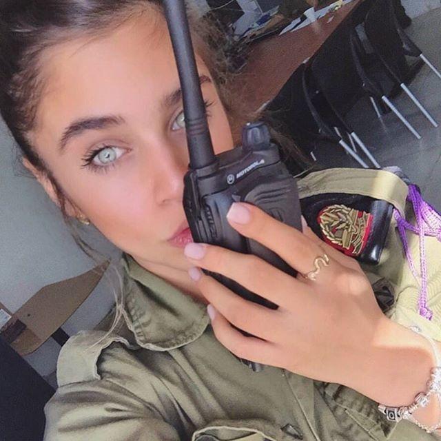 【美人ソルジャー】世界最高レベルな美人兵士が集うイスラエル国軍、これはリアル美人過ぎるソルジャーだろwwwww(画像)・3枚目