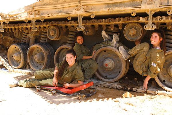 【美人ソルジャー】世界最高レベルな美人兵士が集うイスラエル国軍、これはリアル美人過ぎるソルジャーだろwwwww(画像)・5枚目
