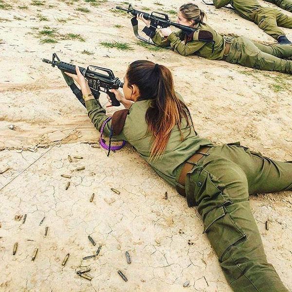 【美人ソルジャー】世界最高レベルな美人兵士が集うイスラエル国軍、これはリアル美人過ぎるソルジャーだろwwwww(画像)・16枚目