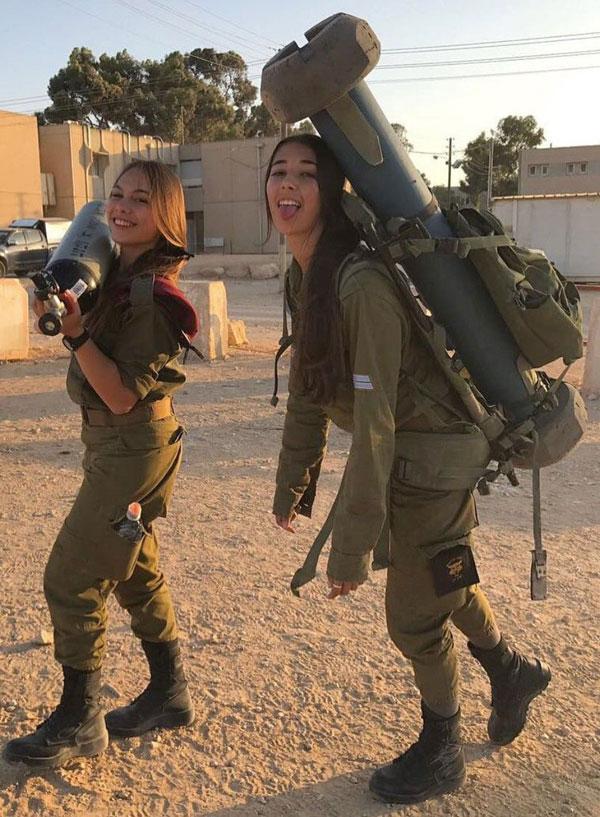 【美人ソルジャー】世界最高レベルな美人兵士が集うイスラエル国軍、これはリアル美人過ぎるソルジャーだろwwwww(画像)・17枚目