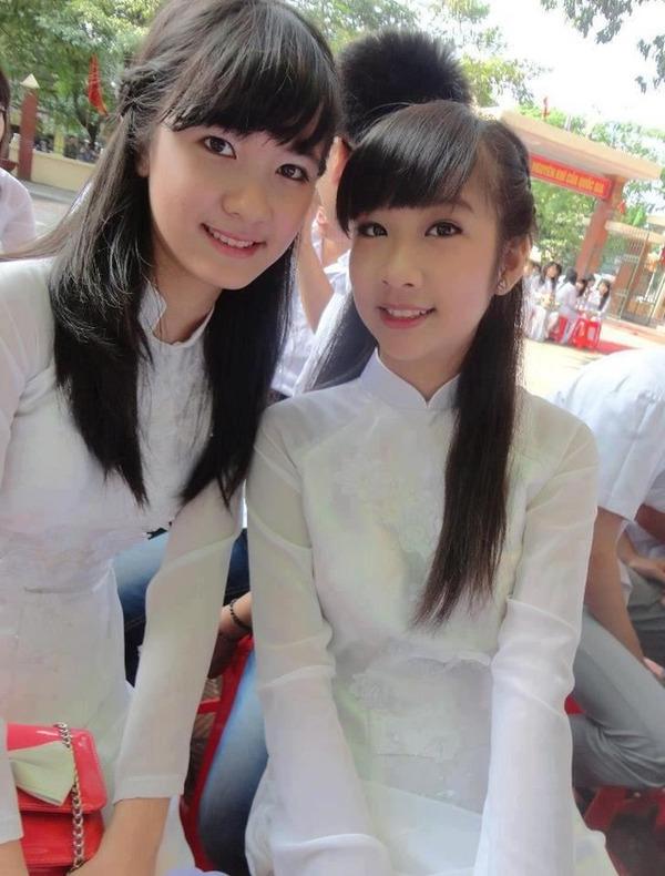 【アオザイ少女】ベトナムのアオザイという清楚なようでエロエロな見た目の民族衣装wwwwwww(画像50枚)・34枚目
