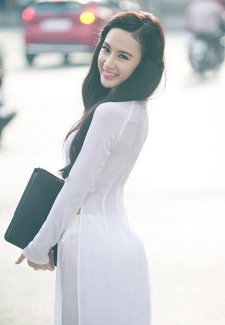 【アオザイ少女】ベトナムのアオザイという清楚なようでエロエロな見た目の民族衣装wwwwwww(画像50枚)・51枚目