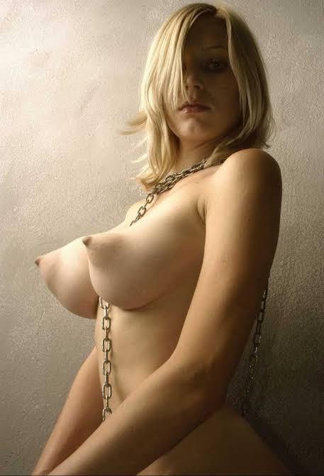 【保存推奨】色白で最高に柔らかそうな白人ロシア系美女のマシュマロおっぱい、揉みた過ぎて草wwwwwww(画像あり)・26枚目