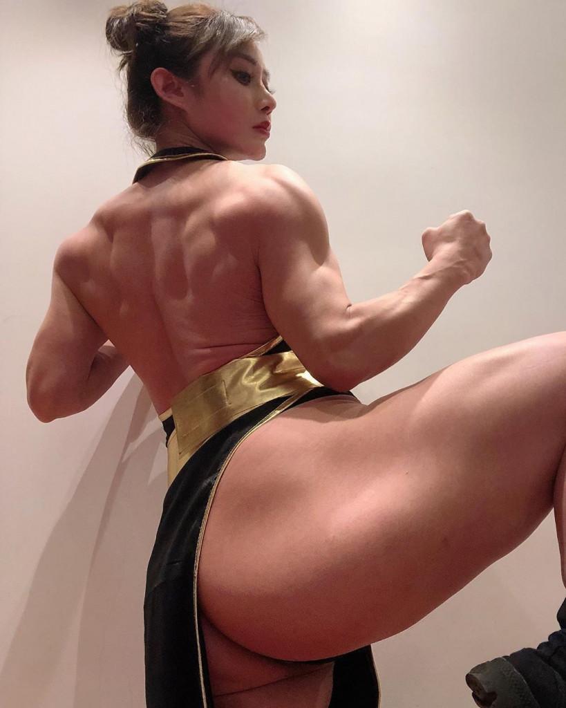 【保存推奨】外国人アスリート系筋肉まんさんのエロ画像、正直力づくで無理矢理犯されたいwwwwww(画像)・9枚目